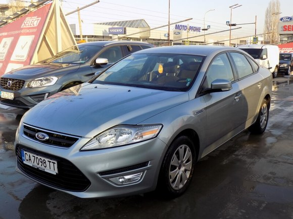 Ford Mondeo Trend 4D